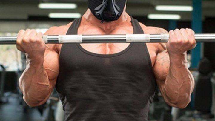 Маски для упражнений: будете ли вы носить фитнес-маску Reebok?